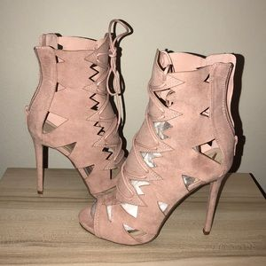 NEW Shoedazzle Pink high heels